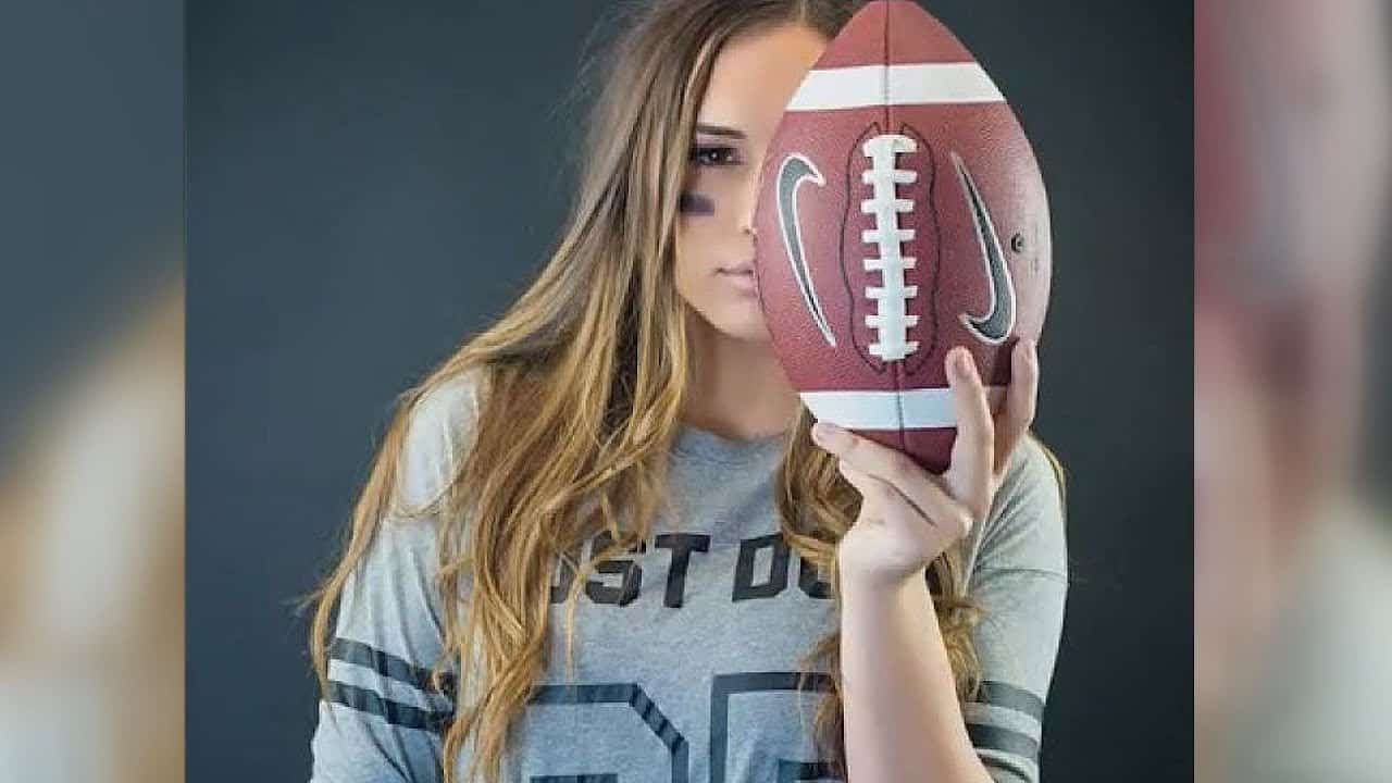 Becca Longo female football player image